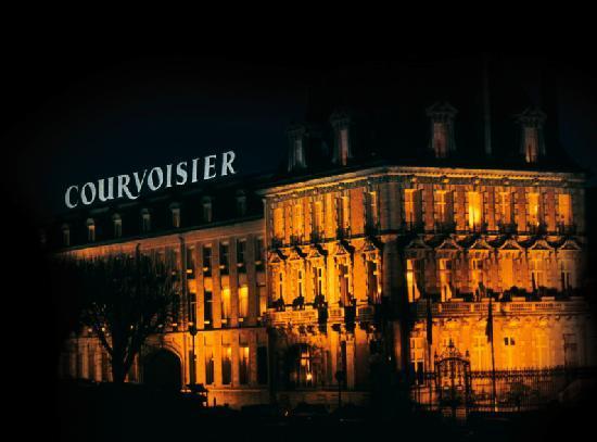 Courvoisier VS (Курвуазье ВС) 1L